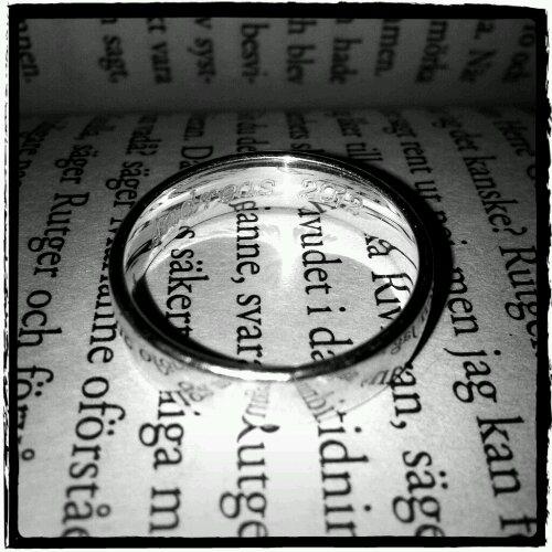 Förlovad